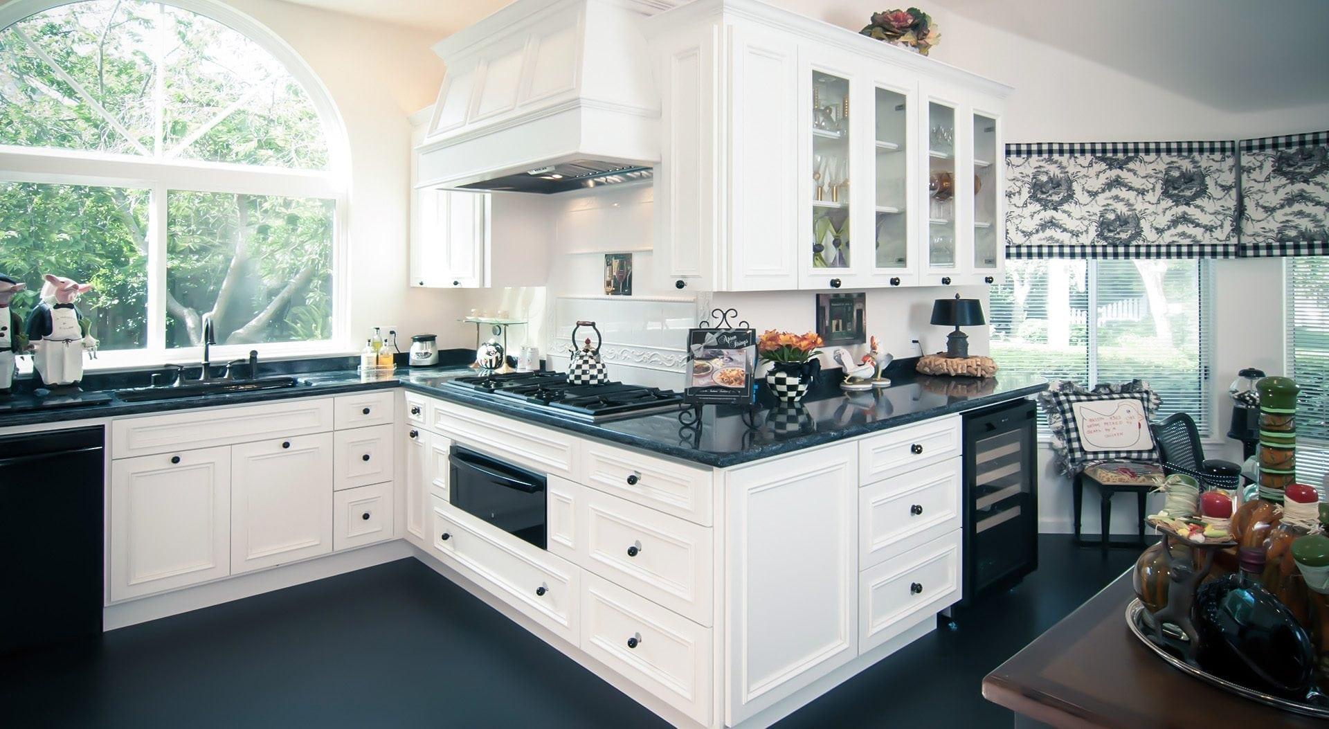 Pleasanton Black Amp White Kitchen Remodel Grdb Gallery