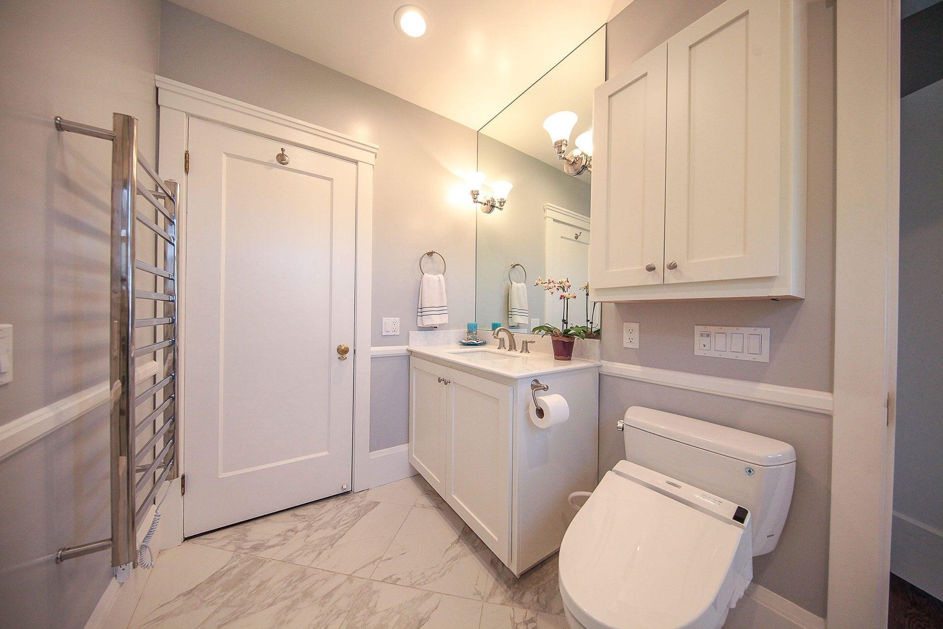 neutral color bathroom