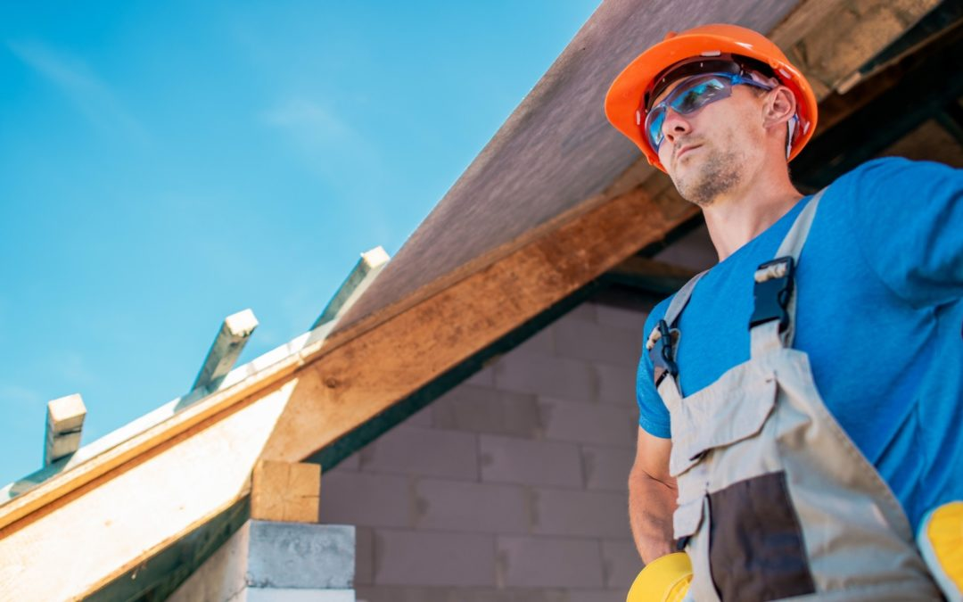 pros and cons of hiring a general contractor for your project