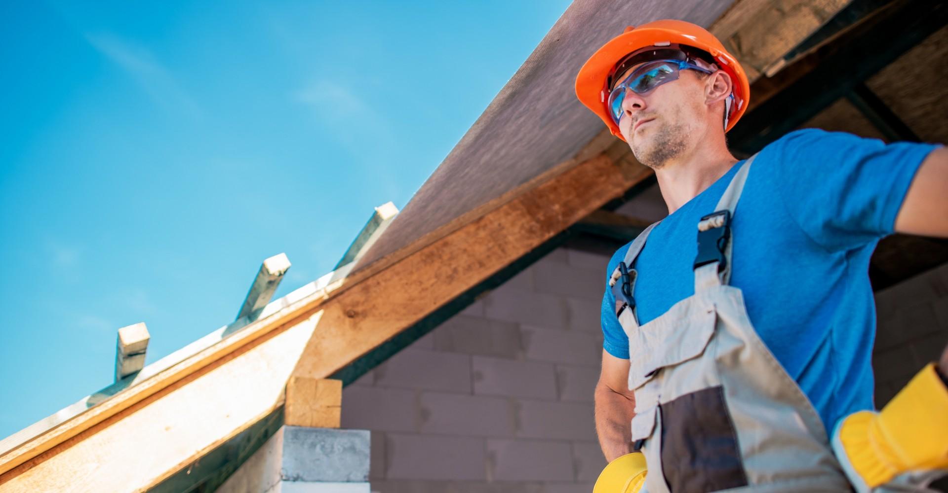 hiring general contractor