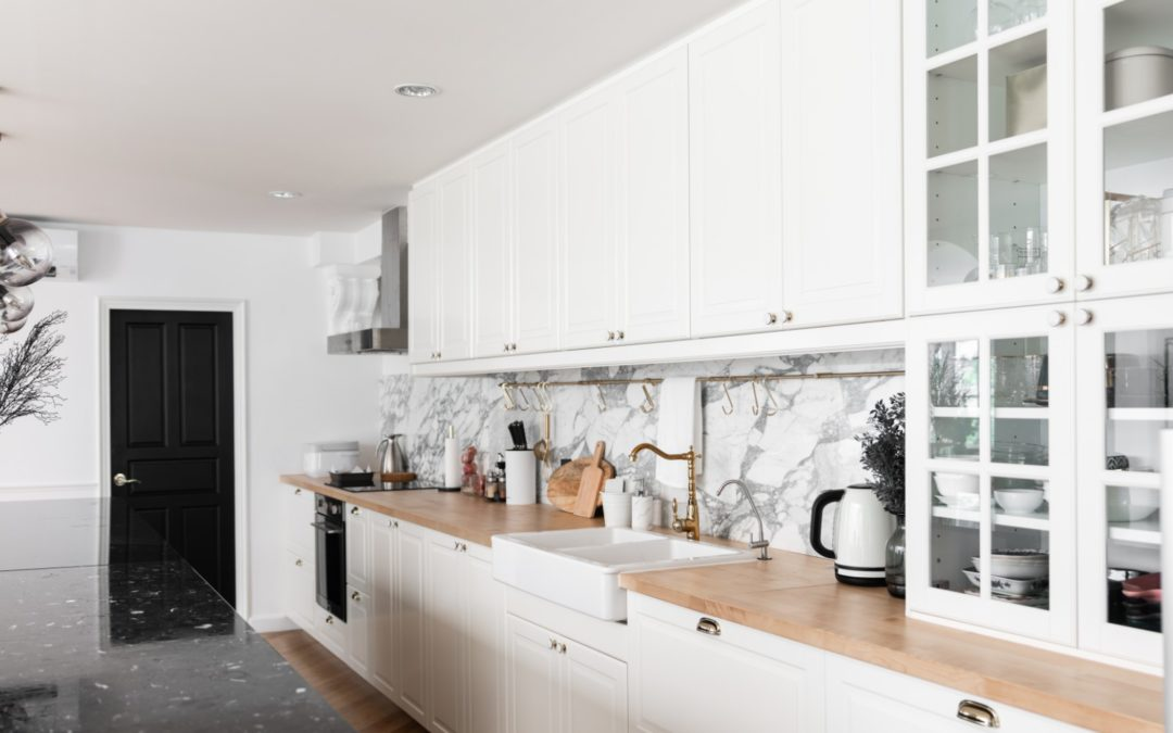 4-white-kitchen-remodel-ideas-you-should-try