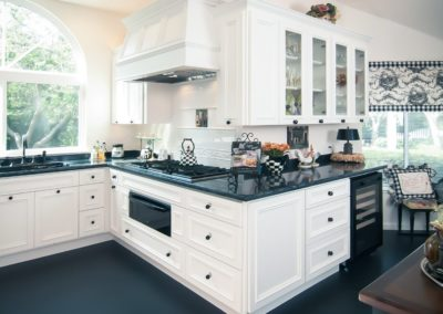 Wonderful Black & White Kitchen Renovation