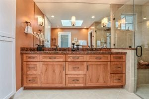 Top 3 Remodeling Tips on How to Brighten Up a Windowless Bathroom1
